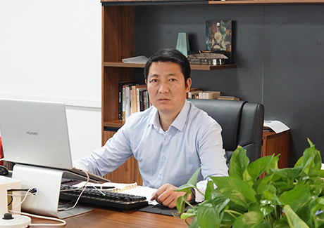 CEO Mr.Zhang